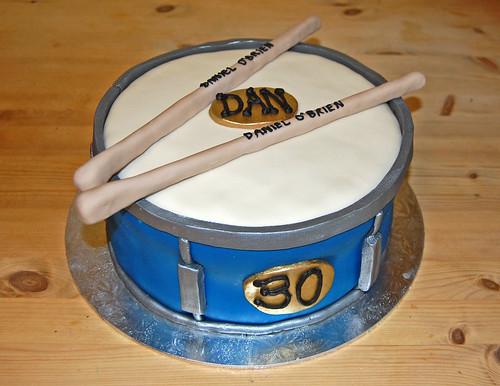Astounding Drum Cake Beautiful Birthday Cakes Funny Birthday Cards Online Overcheapnameinfo