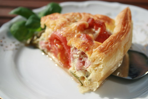 Our Sunday dinner - tomato-ham pie