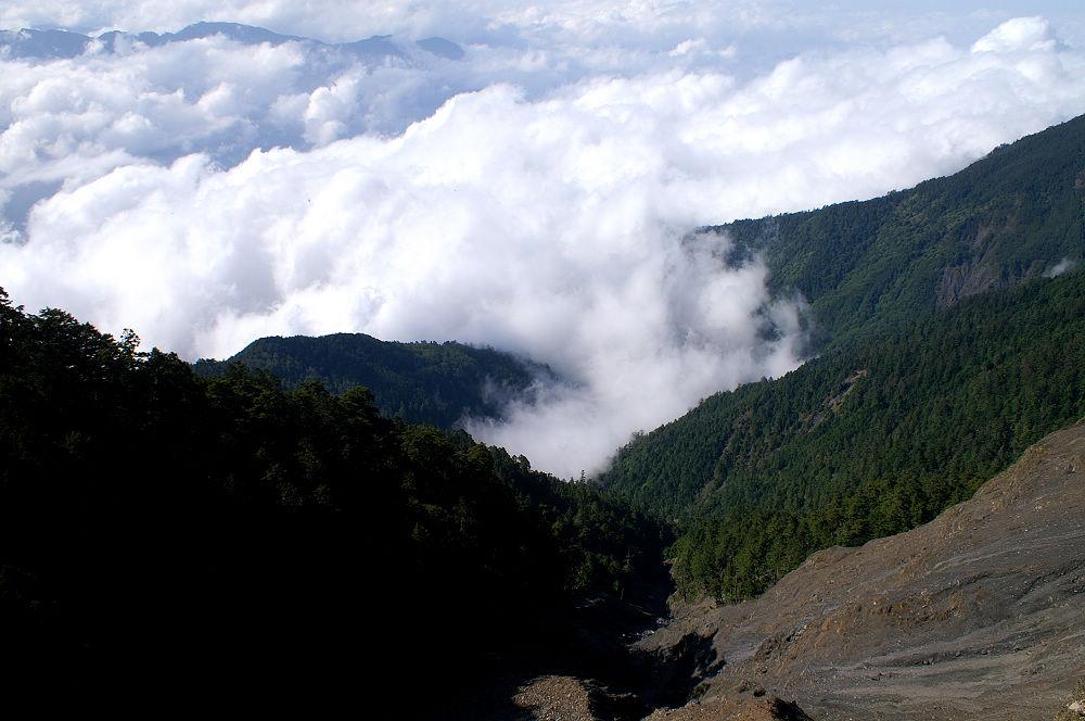 南湖大山day2-87 斷崖直下