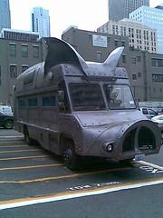 Pig Truck (evil robot 6) Tags: seattle phonepost pigtruck