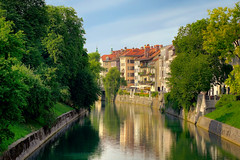 Ljubljanica (Villi.Ingi) Tags: city trees houses tree water architecture river stream europe capital slovenia ljubljana getty slovenija riverbank gettyimages ljubljanica pipc dapa slvena