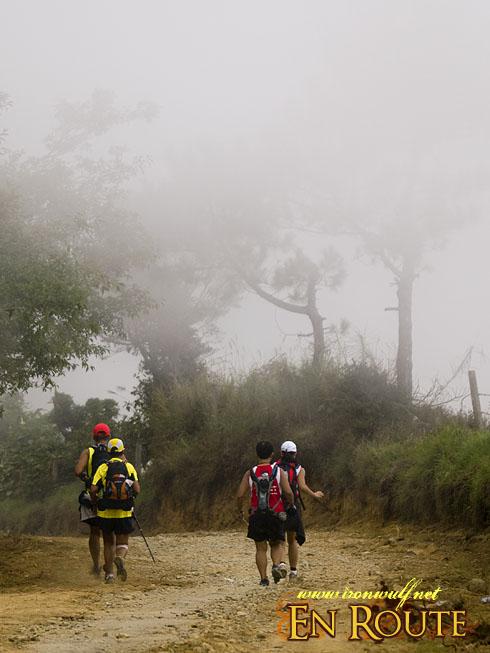 TNF 100 Trail Run over Mt Sto Tomas