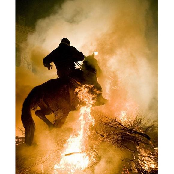 horses-through-the-fire-4