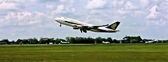 Singapore Airlines Boeing 747 (PaulHP) Tags: singapore heathrow aircraft 1996 boeing boeing747 stansted 747 50thanniversary lhr b747 stn 747400 singaporeairlines boeing747400 flypast b747400 megatop