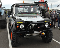 Land Rover Defender (Si 558) Tags: show road park up 4x4 rover off land pick landrover 90 defender donington doningtonpark