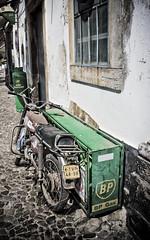 oldie bike (joo-miguel R. magalhaes) Tags: old portugal bike moto bp tavira vieille