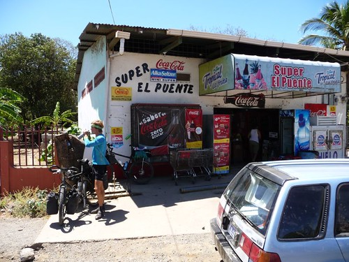DRink stop just before Playa del Coco (some 46 degrees C in the sun, mind you)