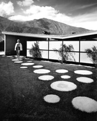 Twin Palms by Palmer:Krisel (ouno design) Tags: architecture landscaping circles palmsprings modernism palmer dots modernist pavers juliusshulman krisel desertmodern billkrisel corinnekrisel