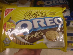 Golden Oreo Chocolate Creme (Like_the_Grand_Canyon) Tags: california usa america march us san francisco cookie candy sweet chocolate creme christie mrs amerika 2009 kalifornien nabisco