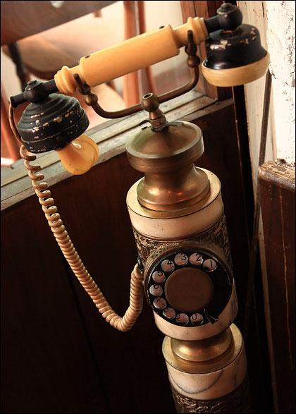 telephone-antique