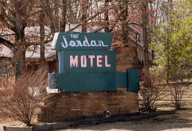 The Jordan Motel sign