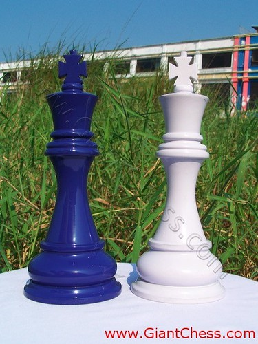 Our Company Provides 16 Variant Colors For Any Products. As Seen In The  Picture, We Display Purple And Soft Violet For Giant Chess Pieces.