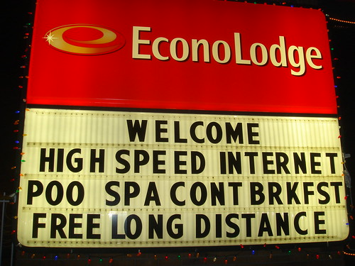 Funny Typo on Hotel Sign by Tostie14.