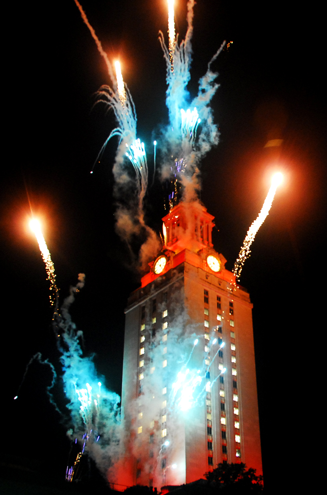 2009 UT Commencement Tower Fireworks