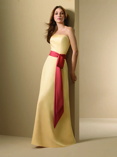 bridesmaid dresses_bridesmaid gown_bridesmaids