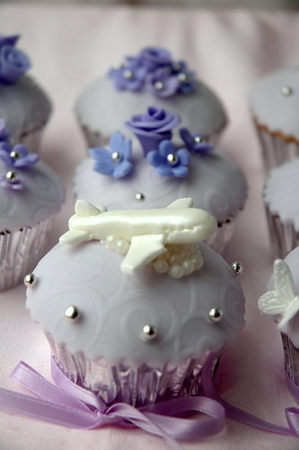 Airplane Wedding Cupcake for Groom