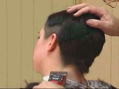 headshave - 2009-06-02_114134 (bob cut) Tags: ladies haircut sexy girl happy bald shave razor headshave
