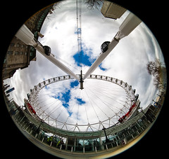 London FishEye (Rolf F.) Tags: uk greatbritain england urban london eye wheel canon eos interestingness interesting unitedkingdom londoneye ferris fisheye explore gb ferriswheel 5d bigwheel 8mm circular giantwheel peleng observationwheel canoneos5d peleng8mmf35fisheye zirkular