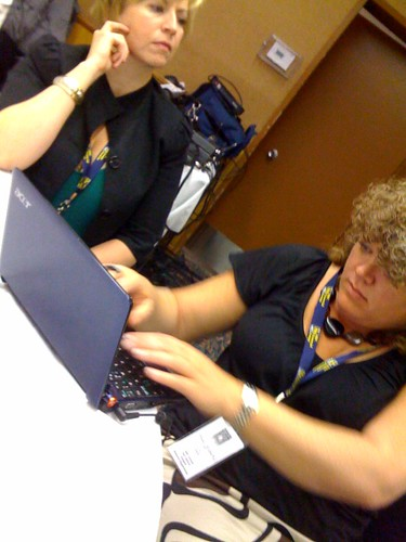 yff09 delegate, Joanne MacDonald, tweeting for the first time.