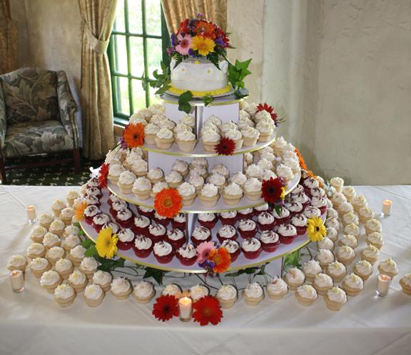7 Creative Wedding Cupcake Ideas