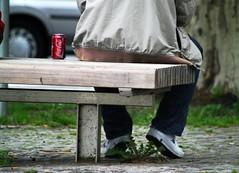 always (southgeist) Tags: red berlin rot schöneberg bank can cocacola cigarettes kappa kippen hauptstrasse dose löwenzahn 10827 guessedberlin kaiserwilhelmplatz gwbatineb