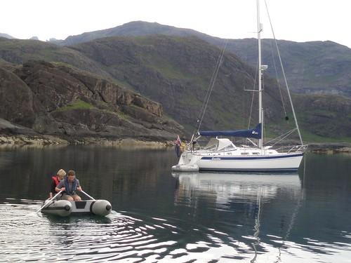 Je=oel and Nuala rowing, Loch Scavaig