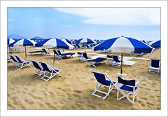 desert ('PixelPlacebo') Tags: italy beach umbrella sand chair deckchair sunshade tuscany viareggio 300609