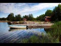 Oldie (Kaj Bjurman) Tags: sea eos boards sweden 5d sverige hdr kaj mkii markii skrgrd cs4 midsommer photomatix bjurman