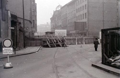 Berlin Wall at Luckauer Strasse, c.24 December 1964