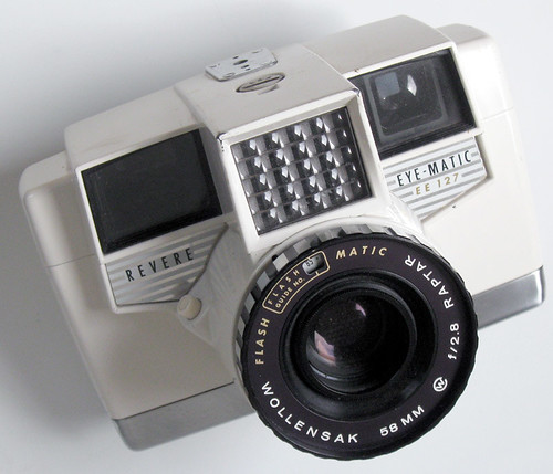 Revere Eye-Matic EE 127 - Camera-wiki org - The free camera