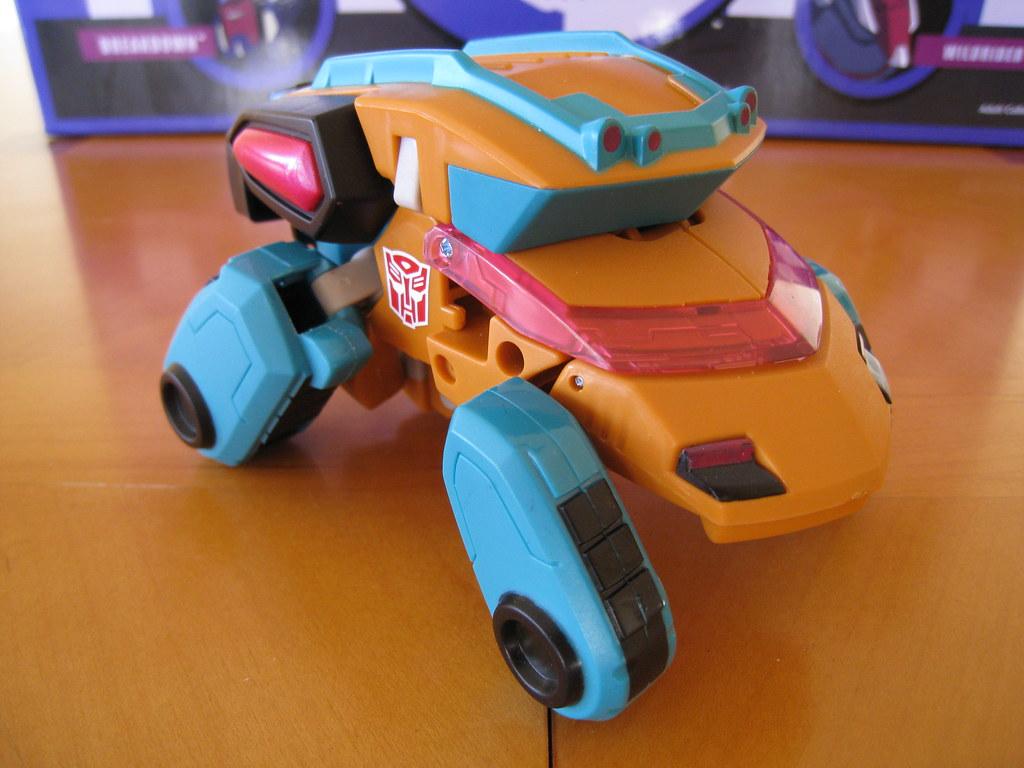 Ironfist (Fisitron) - Cybertronian Minibus mode