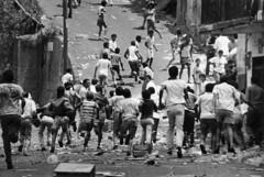 27F-1989. Miedo (Que comunismo!) Tags: pueblo caracas cap 1989 masacre carlosandresperez 27f caracazo alzamiento 27defebrero1989