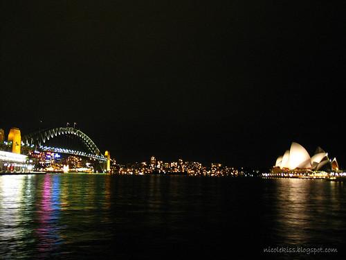 sydney harbour bridge and opera house wallpaper