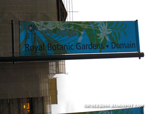 botanical garden sign