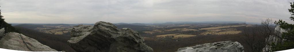 Elvis Rock Overlook