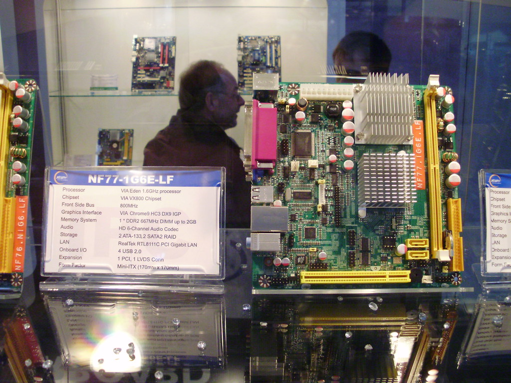Jetway NC93-230W-LF Intel Chipset 64 Bit