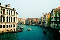 Ahhh Veneza (let's fotografar) Tags: italy arquitetura veneza boat canal interestingness holidays italia barco frias venezia arquitecture grandecanal 1750mm veneci