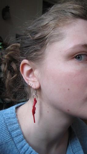 04-08 earring