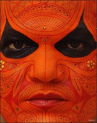 Facial artwork (sreeji..) Tags: art net photography photo dance god photos sony kerala forms ritual form dsc theyyam sreejith kannur sreeji taliparamba inapp atomicaward thaliparamba  sreejinet  kenoth