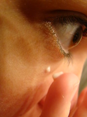 139/365 Eye Cream 051909