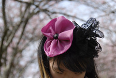 Terumi (Lucille Kanzawa) Tags: pink flowers brazil flores girl brasil sopaulo menina cherrytrees cerejeiras parquedocarmo 31afestadascerejeiras
