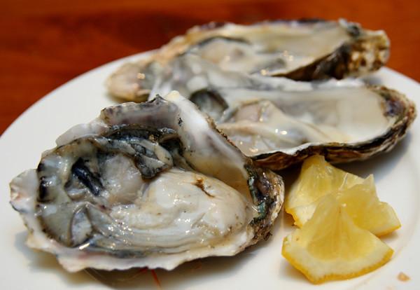 sashimi.oyster