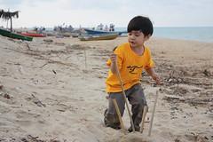 IMG_8172 (UmmAbdrahmaan @AllahuYasser!) Tags: beach jr malaysia pantai terengganu aman 991 kualaterengganu pantaitokjembal ummabdrahmaan