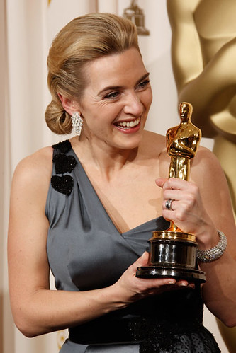 Kate Winslet with her Best Actress Oscar (2009)