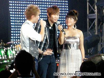 JJ Lin interviewed on stage