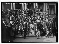 Officers going to Wh. House  (LOC) (The Library of Congress) Tags: military whitehouse libraryofcongress uniforms officers xmlns:dc=httppurlorgdcelements11 bainnewsservice greatmustachesoftheloc presidenttaftsnewyearreception1913 dc:identifier=httphdllocgovlocpnpggbain12935 officershoingtothewhitehousejan1a