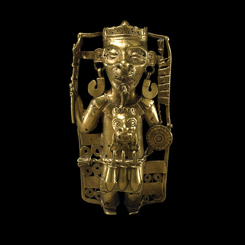 015 -Colgante de oro-Mixteco AD 900-1521 De Tehuantepec-México- © Trustees of the British Museum