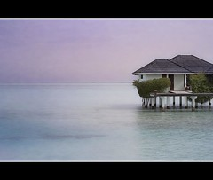 Solitary- Maldives (Nöé) Tags: sunset sky house atardecer paradise cielo villa sunnybeach paraiso waterscape maldive maldivas watervilla the4elements goldcollection nöé noevlad noeliamagnusson wwwnoeliamagnussoncomnöénoemagnusson nöémagnusson