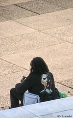 Obamania (Lexie972) Tags: ladéfense sigma18200dc canon400d obamania