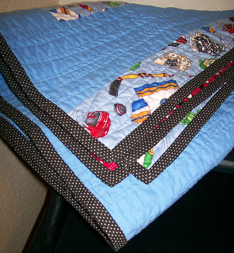 hockey quilt polka dot binding